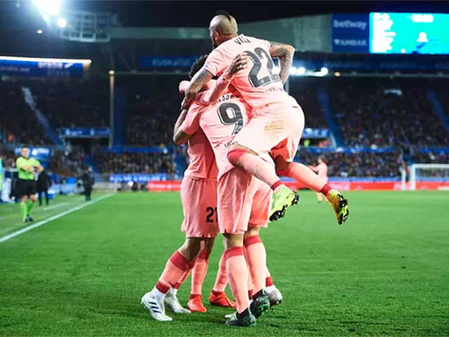Barcelona sắp vô địch La Liga: Ngồi nhà xem TV, đăng quang luôn đêm nay?