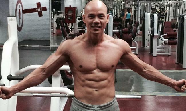 Anh dành rất nhiều thời gian để vận động và rèn luyện cơ thể.