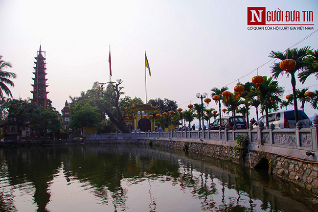 Vì sao chùa Trấn Quốc lọt top 10 ngôi chùa đẹp nhất thế giới? - 1