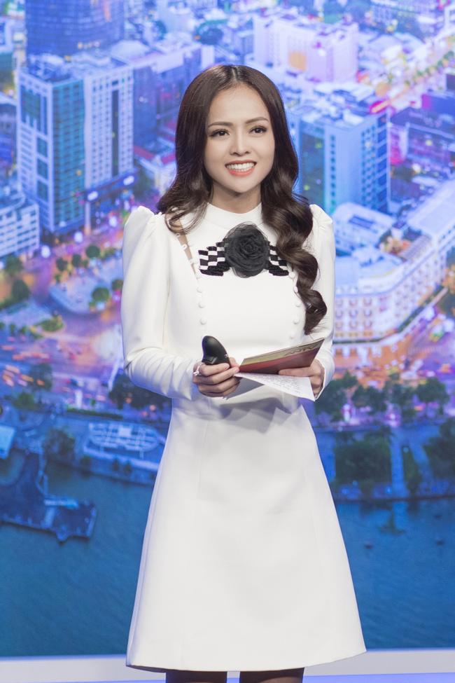 """Thanh Trúc hiện đang là BTV bản tin thời sự trực tiếp """"Sáng Phương Nam"""" và """"Nhịp sống 24/7"""" trên kênh truyền hình An ninh TV."""