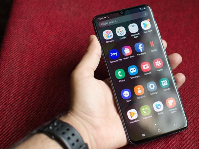 Đánh giá Galaxy A70: Smartphone tầm trung đáng mua