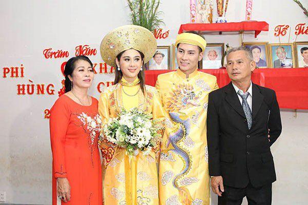 """Lâm Khánh Chi bị chỉ trích """"thích khoe thân"""", bố chồng bất ngờ lên tiếng - 1"""