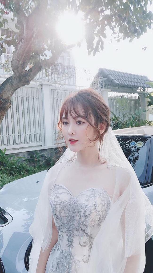 Cô nàng là Rabi Sachi (tên thật là Nguyễn Thị Thủy, quê Gia Lai).