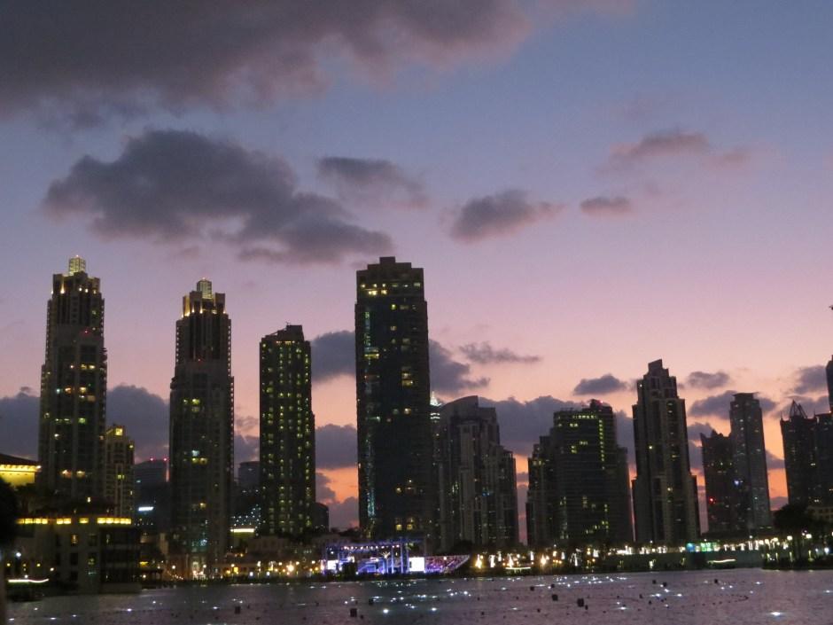 """Đến Dubai không chỉ để """"đốt tiền"""", du khách còn thích mê khi làm những điều này - 1"""