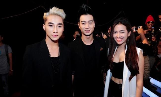 DJ Trang Moon nổi tiếng sau khi tham gia chương trìnhThe Remix - Hòa âm ánh sángtrên VTV. Nằm trong đội thi của Sơn Tùng M-TP và Slim V, nữ DJ Hà Nội ghi dấu ấn với khán giả qua các bản phốiEm của ngày hôm qua, Nắng ấm xa dần, Thái Bình mồ hôi rơi…