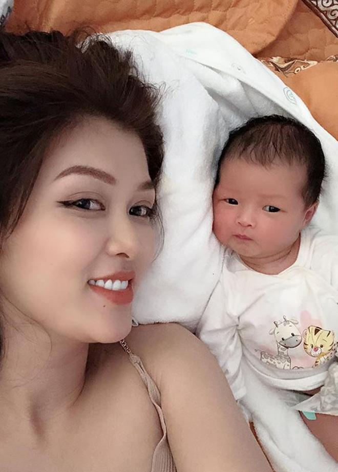 """Hoa hậu Việt """"thi chui"""" bị phạt 30 triệu đồng 4 năm trước giờ ra sao? - 1"""