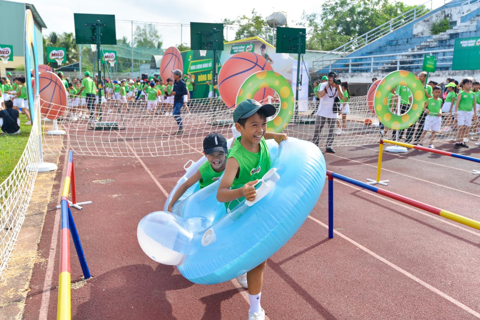 Màn đồng diễn thể dục của hơn 6000 học sinh xác lập kỷ lục Việt Nam - 6