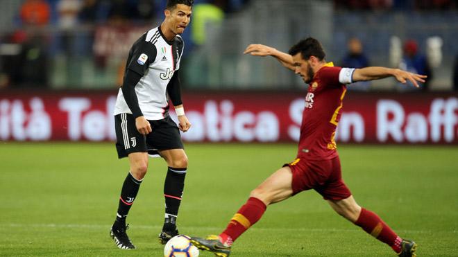 AS Roma - Juventus: Ronaldo mừng hụt, 2 đòn đau choáng váng - 1