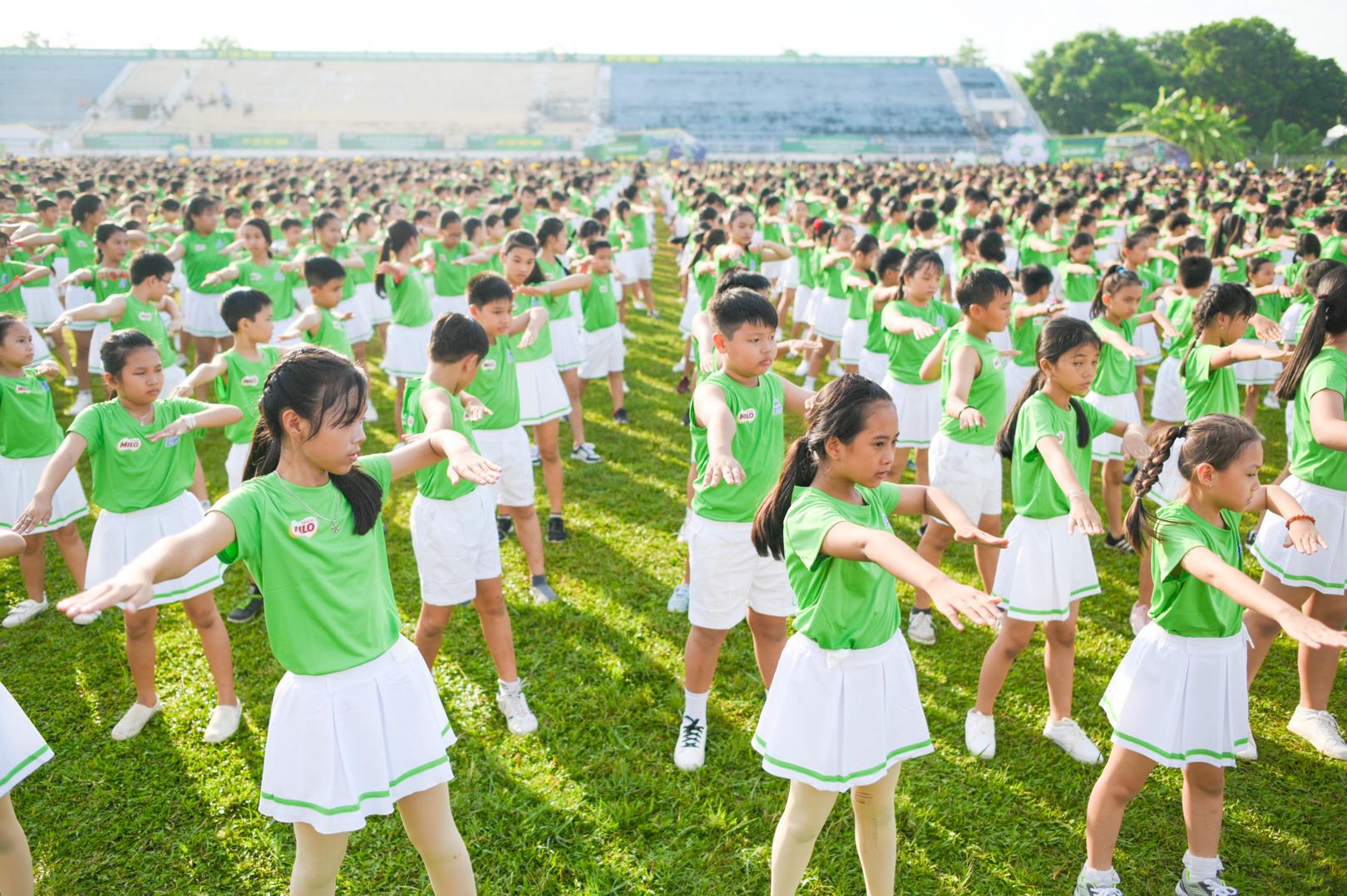 Màn đồng diễn thể dục của hơn 6000 học sinh xác lập kỷ lục Việt Nam - 3