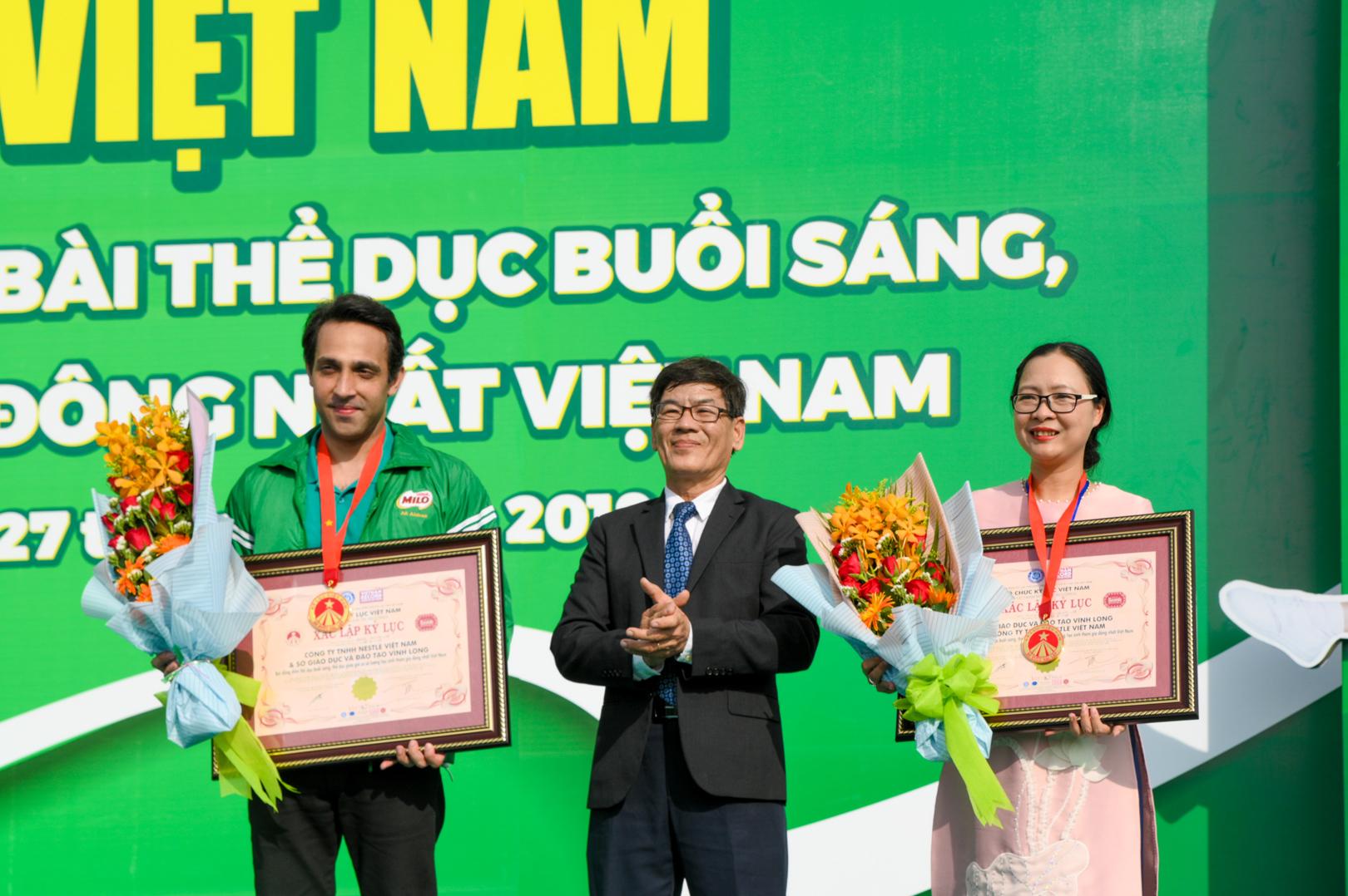 Màn đồng diễn thể dục của hơn 6000 học sinh xác lập kỷ lục Việt Nam - 11