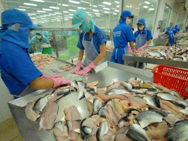 Nhân dân tệ giảm giá, hàng Việt bị ảnh hưởng?