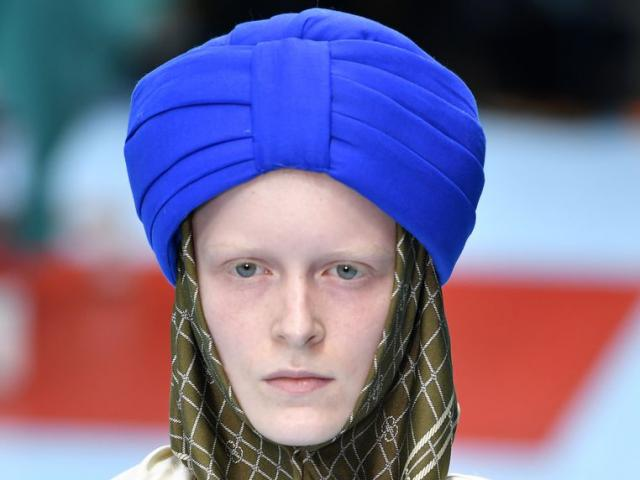 Chiếc khăn xếp động chạm tôn giáo khiến Gucci bị chỉ trích