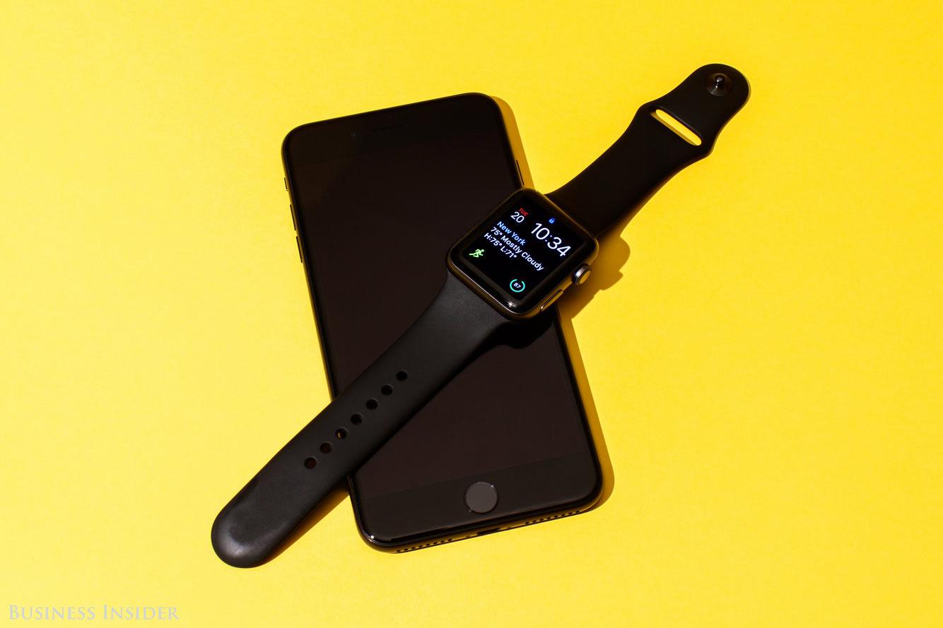 Đây là 4 tính năng iPhone cần sao chép từ Apple Watch - 1