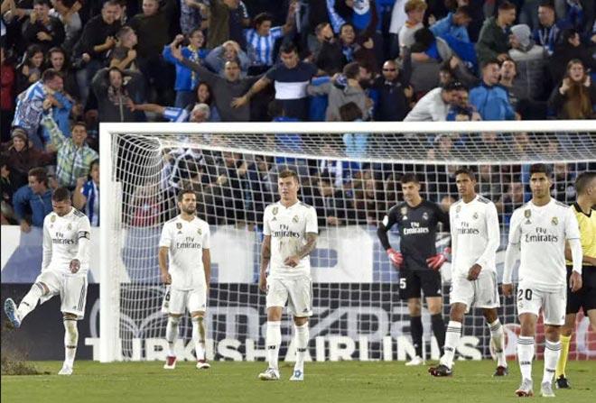 Thảm hại Real Madrid hậu Ronaldo: Đế chế sụp đổ, trở lại điểm xuất phát - 1