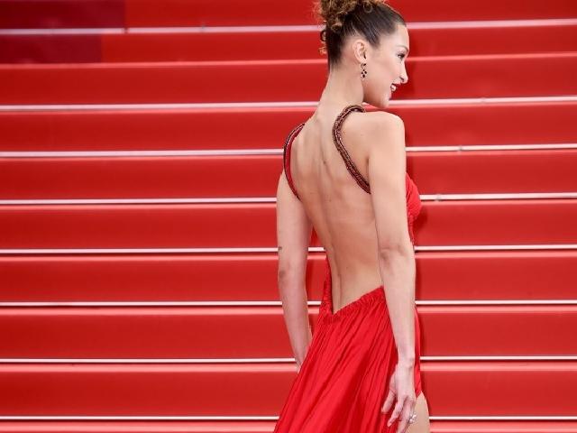 Cannes ngày 4: Hàng loạt nữ hoàng thảm đỏ khoe dáng táo bạo