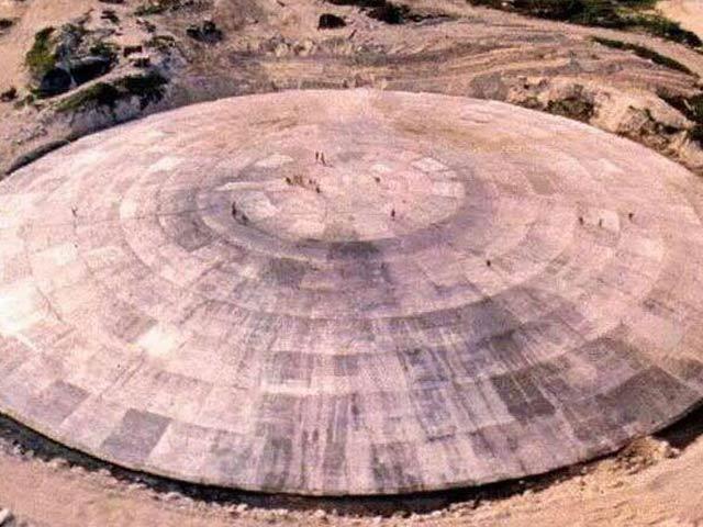 """""""Quan tài"""" hạt nhân khổng lồ thời Chiến tranh Lạnh ở Thái Bình Dương"""