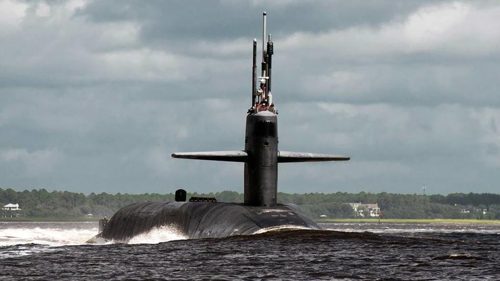 """""""Danh sách cưỡng hiếp"""" các nữ thủy thủ trên tàu ngầm hạt nhân Mỹ - 1"""