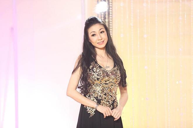 Nữ ca sĩ được Mr. Đàm trả cát-xê 1 tỷ, Hoài Linh theo đuổi giờ ra sao? - 1