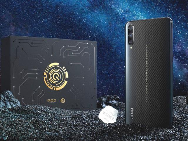 Ra mắt smartphone chơi game Vivo IQOO Space Knight