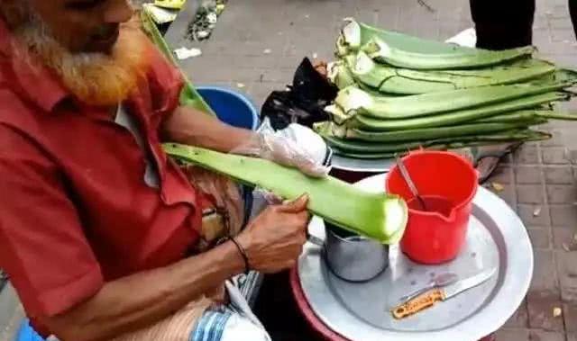 Đồ uống đặc sản đường phố Ấn Độ, du khách hoài nghi không dám thử - 1