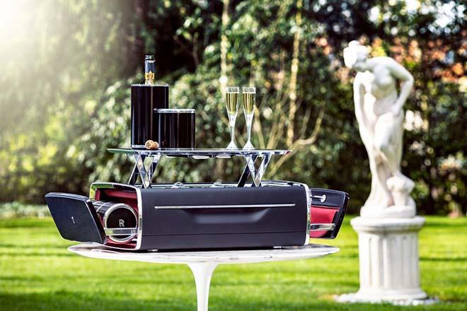 """Rương Champagne của Rolls-Royce, món """"đồ chơi"""" xa xỉ có giá trị bằng cả chiếc xe - 1"""
