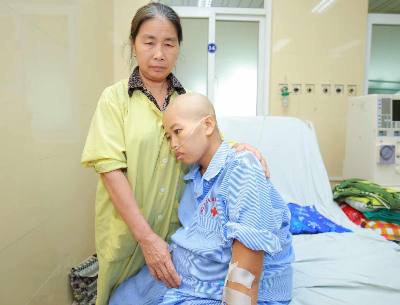 Từ chuyện người mẹ ung thư vú vẫn kiên trì sinh con, Giám đốc BV K chỉ ra dấu hiệu nhận biết sớm - 1