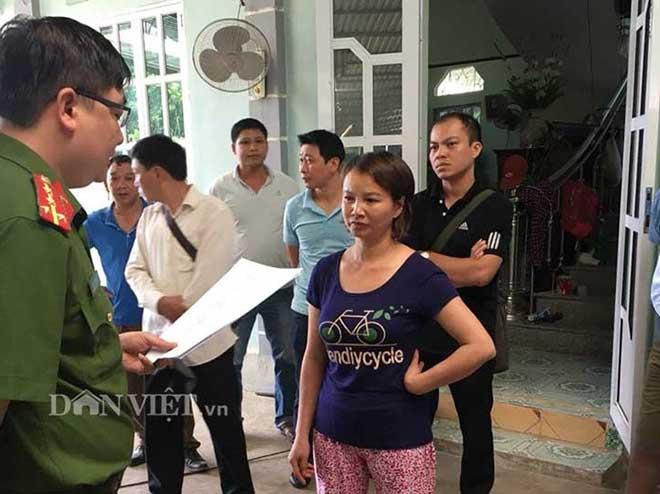 Nóng 24h qua: Phản ứng lạ của mẹ nữ sinh giao gà ở Điện Biên khi bị bắt - 1