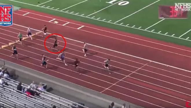 """Xuất hiện """"Usain Bolt"""" mới: Học sinh chấp đối thủ 10m, từ số 7 lấy ngôi đầu - 1"""
