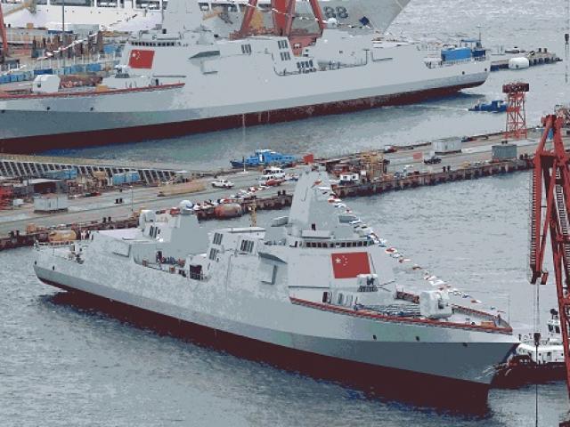 """Bị Mỹ """"dội gáo nước lạnh"""", TQ không còn tiền ráo riết đóng tàu chiến?"""