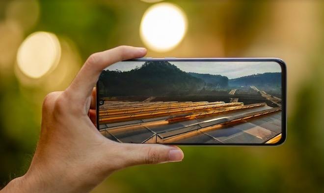 """5 thủ thuật khi chơi game trên smartphone màn hình """"khủng"""" Galaxy A70 - 1"""