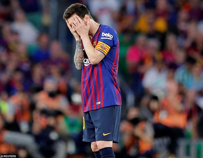 Barca họp khẩn tính đuổi 9 sao, Messi chết điếng hơn thua Liverpool - 1