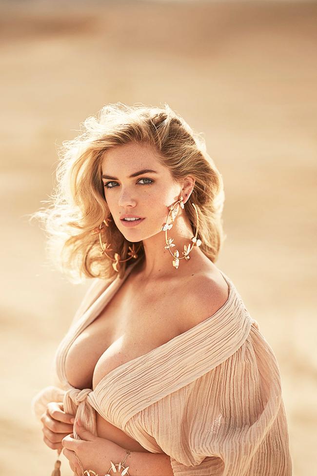 """Kate Upton, cô người mẫu trẻ sinh năm 1992 đang dầnkhẳng định chỗ đứng của mình trong làng thời trang quốc tế. Không chỉ liên tục có têntrong các bảng xếp hạng nhan sắc,Kate cònxuất hiện trong ấn phẩm áo tắm của tạp chí Sports Illustratedvà được phong là """"Tân binh của năm""""."""