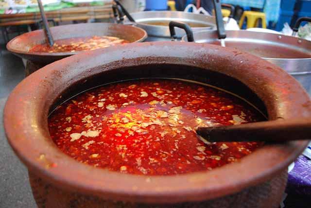 """10 món ăn khiến người Việt """"khóc thét"""" khi đến  Thái Lan - 1"""