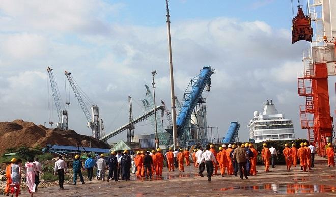 Vinalines trả tiền mua lại 75,01% cổ phần Cảng Quy Nhơn đã bán sai - 1