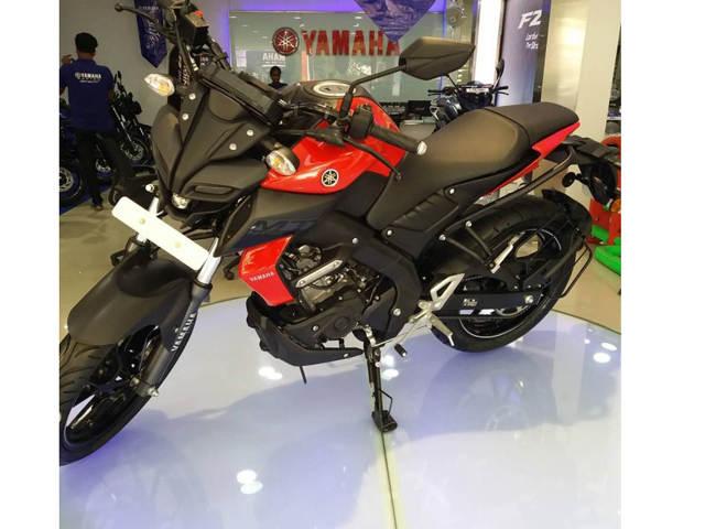 Yamaha MT-15 2019 với 3 tùy chọn màu mới về đến các đại lý