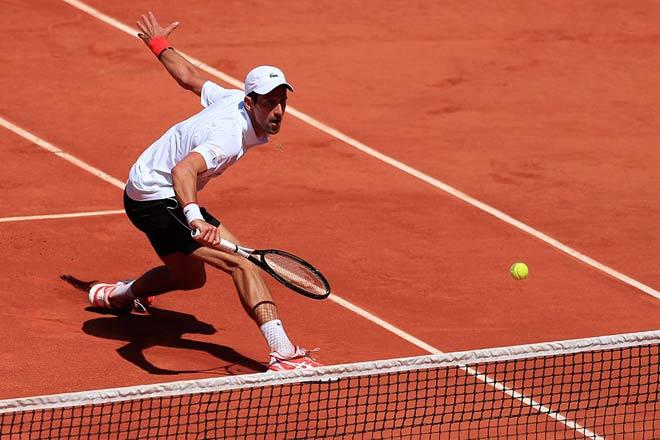 Djokovic - Struff: Uy lực khủng khiếp, 93 phút không tưởng - 1