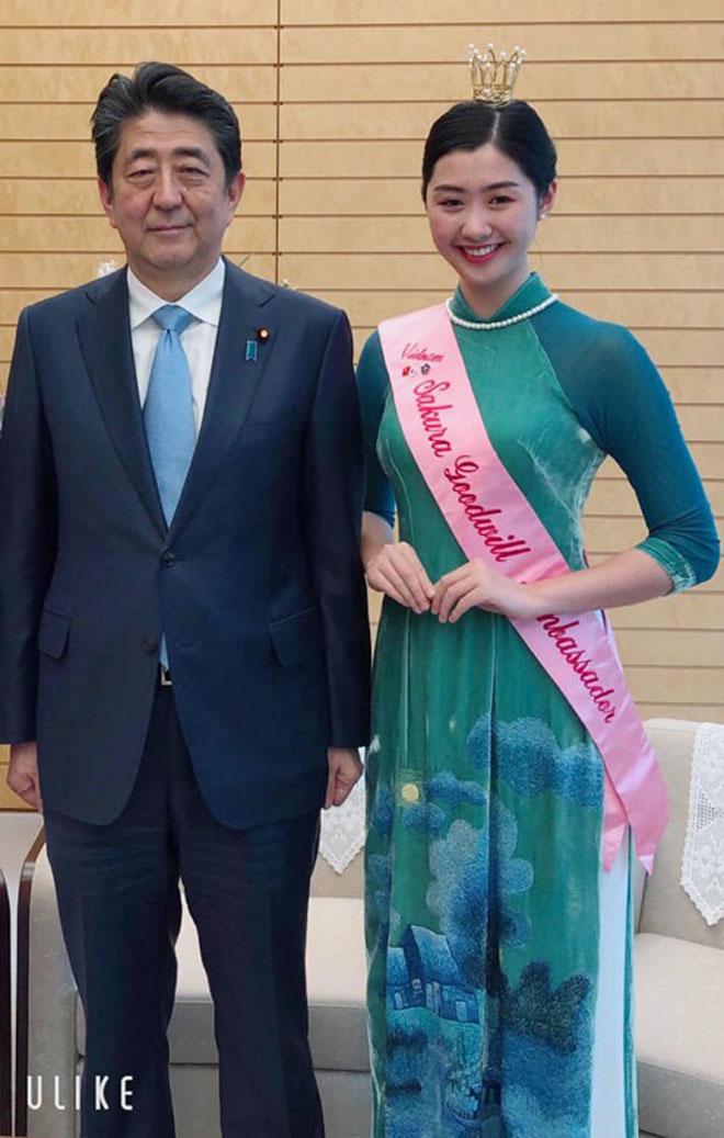 Tiếp viên hàng không được diện kiến Thủ tướng Nhật từng lọt Top 10 Hoa hậu VN - 1