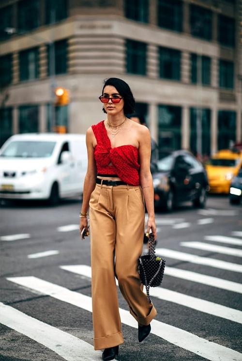 5 kiểu quần đừng mặc đi làm nếu không muốn bị tẩy chay - 1