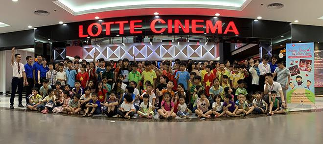 LOTTE Cinema dành tặng 8.000 phần quà cho các bạn nhỏ nhân dịp Quốc tế thiếu nhi vừa qua - 1