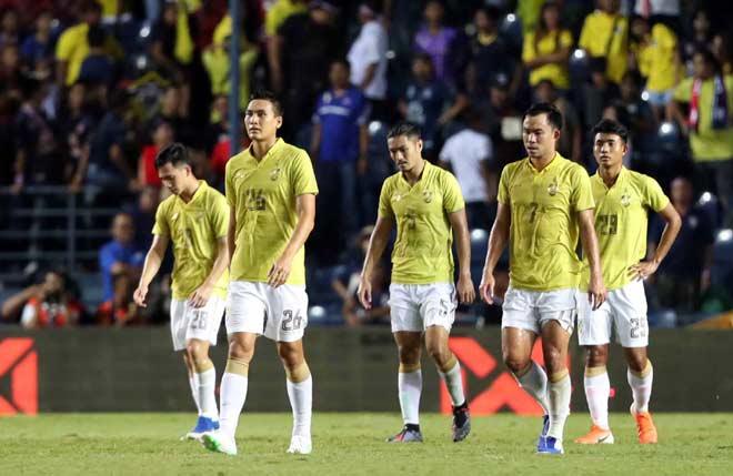 ĐT Việt Nam hạ đẹp Thái Lan ở King's Cup: HLV Sirisak liệu có bị mất việc? - 1