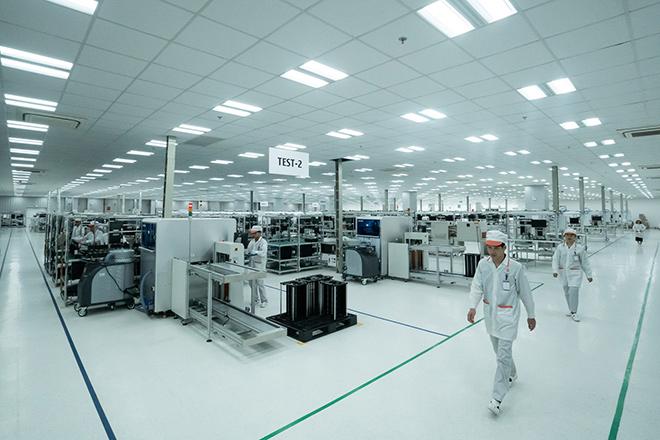 Vingroup khởi công nhà máy điện thoại thông minh công suất 125 triệu máy/năm - 1