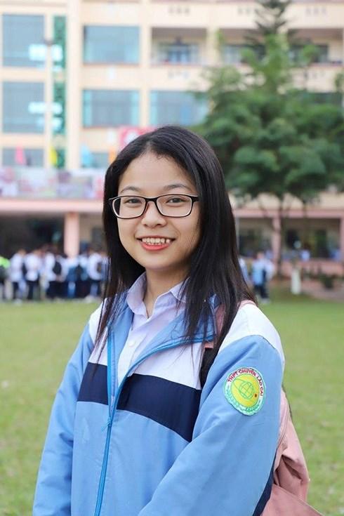 10X Lào Cai từ chối 10 trường đại học Mỹ để theo học tại Việt Nam - 1