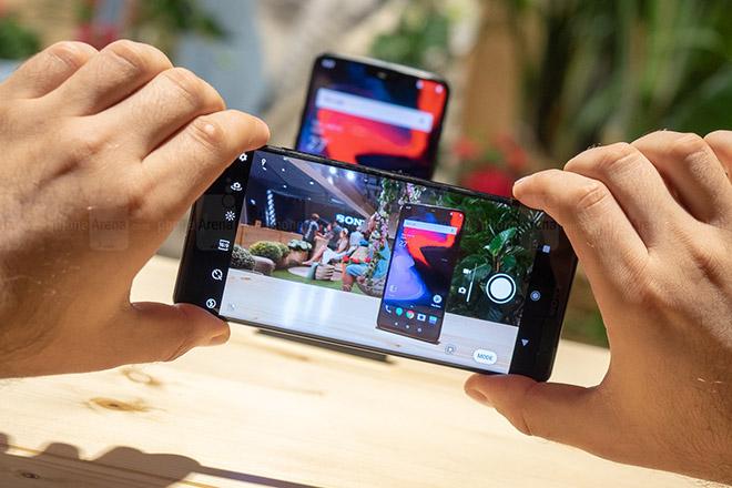 Sony sắp có siêu phẩm smartphone trang bị đến 6 camera sau - 1