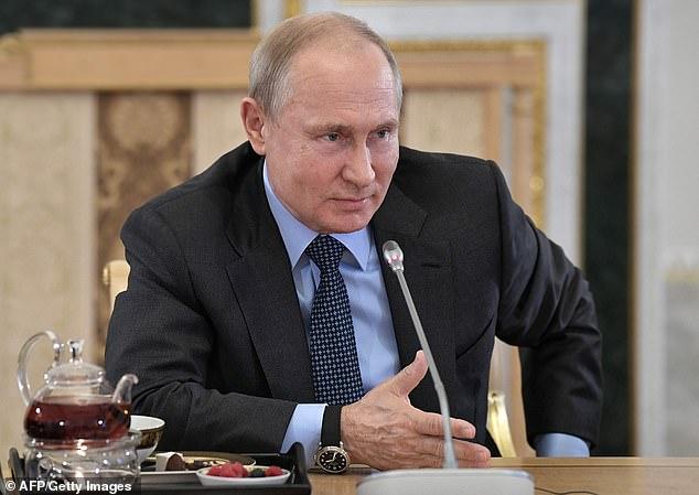 """Ông Putin bất ngờ thách đấu """"đối thủ"""" đặc biệt trong họp báo - 1"""