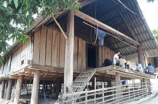 Thầy cúng 80 tuổi chém chết con trai bị bắt khi trốn cách nhà 50km - 1