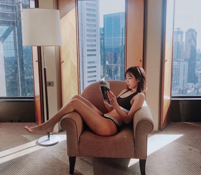 Giảm béo như Min: Mặc nội y đi lang thang trong phòng để thấy mỡ rung rinh - 1