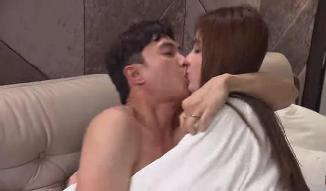 Hot girl ở khách sạn cùng nam diễn viên có nhà 35 tỷ hé lộ cảnh nóng gây 'nghẽn sóng' VTV - 1