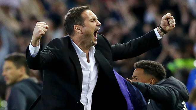 Chelsea đàm phán tái hợp Lampard: Huyền thoại MU ví ngang tầm Guardiola - 1