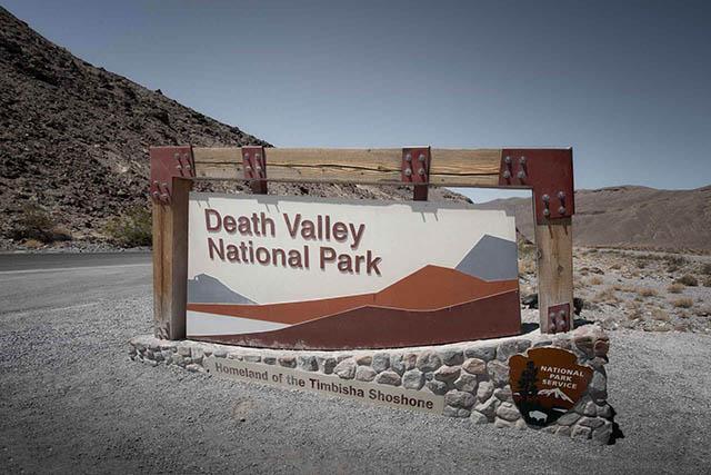 Thung lũng nóng đến mức bỏng cả da thịt khiến du khách không dám đặt chân vào - 1