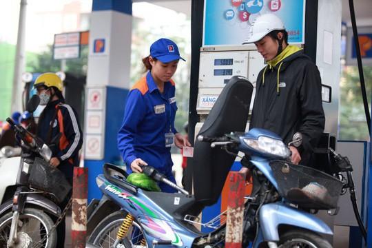 Liên tục xả mạnh, Quỹ Bình ổn giá xăng, dầu đang âm hơn 620 tỉ đồng - 1